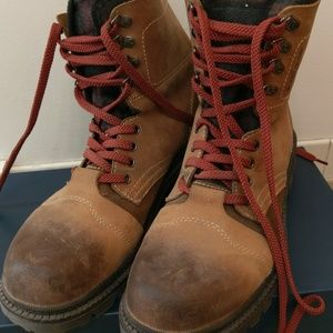 RARE Kenneth Cole Reaction Lug Over Boots Sz11